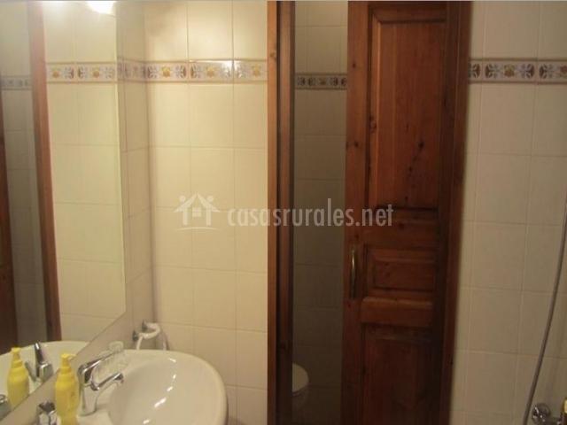 Baño Inodoro En Inglés:cuádruple baño con dos lavabos baño con inodoro independiente jpg
