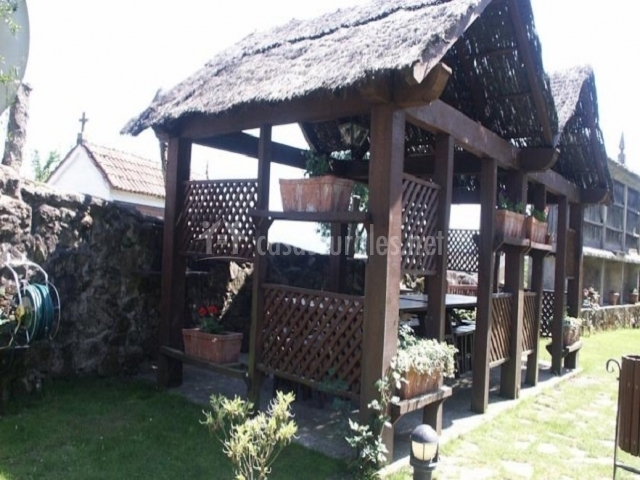 Casa antiga do monte en padron a coru a for Cobertizo jardin