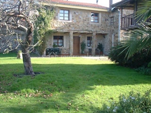 Muebles Para Baño San Justo:Casa La Llosa I en San Justo (Villaviciosa) (Asturias)