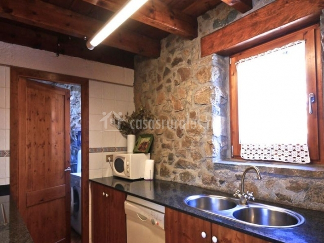 El paller en travesseres lleida - Casa madera y piedra ...