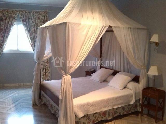 Hotel el mirador de rute en rute c rdoba for Tipos de camas matrimoniales