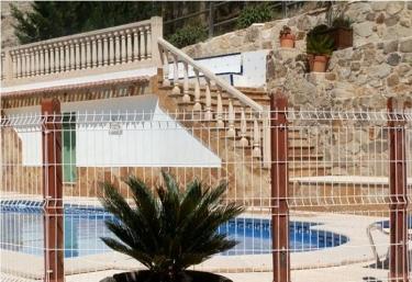 Casas rurales en molina de segura con piscina for Piscinas molina de segura