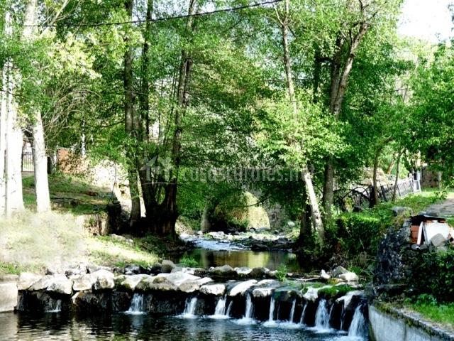 R o quilamas en santiba ez de la sierra salamanca for Piscinas naturales horcajo de la sierra