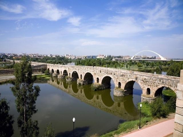 Puente Romano Matrimonio : Casa rural cáceres en santa cruz de la sierra