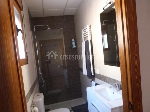 R o j car iii en alcala del jucar albacete - Ver cuartos de bano con plato de ducha ...