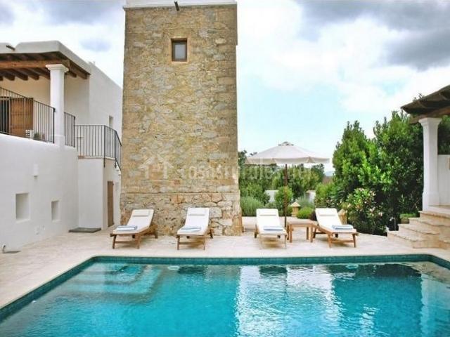 Villa las emperadoras en santa eularia des riu ibiza - Ibiza casas rurales ...