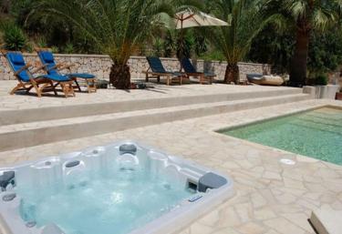 Casas rurales en sant joan de labritja con piscina for Piscinas naturales horta de sant joan