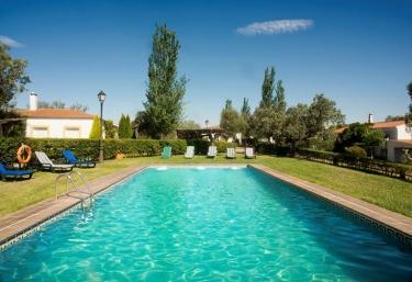 Casas rurales en c ceres con piscina p gina 5 for Piscina climatizada caceres