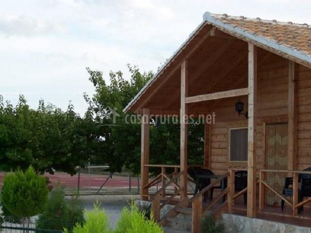 Caba as de madera altozano en moratalla murcia for Cabanas de jardin