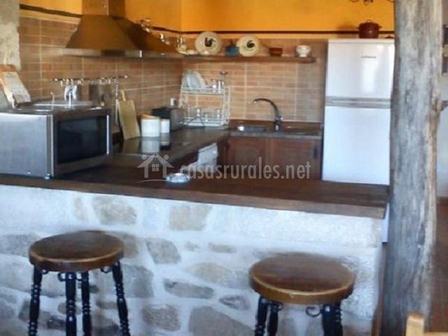 Casa abuela herminia en tudera zamora - Taburetes barra cocina ...