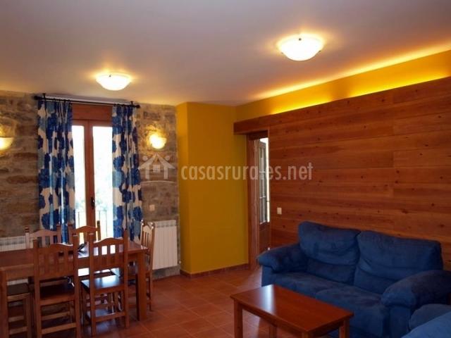 Apartamentos rurales casas rurales pirineo en gerbe huesca - Sillones para salon ...