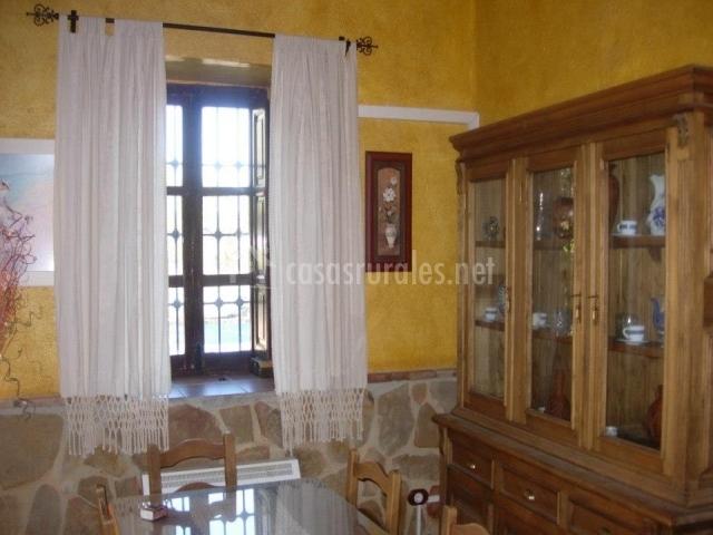 Cortinas De Baño Granada:parte de la casa patio empedrado vigas de madera y