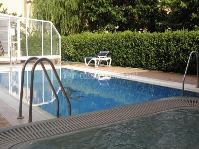 Hotel rubielos en rubielos de mora teruel for Piscina climatizada teruel