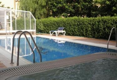 Casas rurales en teruel con piscina for Piscina teruel