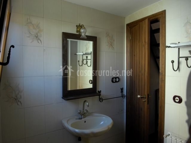Puertas De Baño San Jose:Casa Juan en Orihuela Del Tremedal (Teruel)