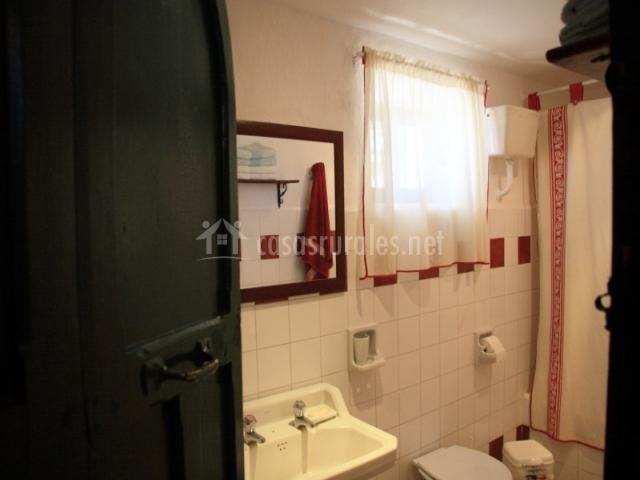 Cortinas De Baño Granada:chimenea cuarto de baño con bañera cuarto de baño granate