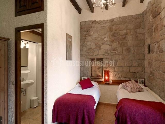 Baños Con Ducha Separada:Habitación doble con camas separadas, baño completo con ducha
