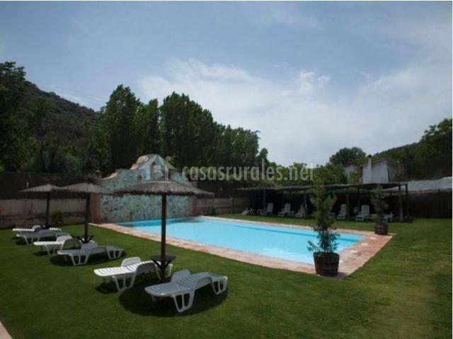 Casa con piscina en sevilla beautiful en tu casa de un dormitorio en gelves sevilla estars ms - Casas con piscina en sevilla ...
