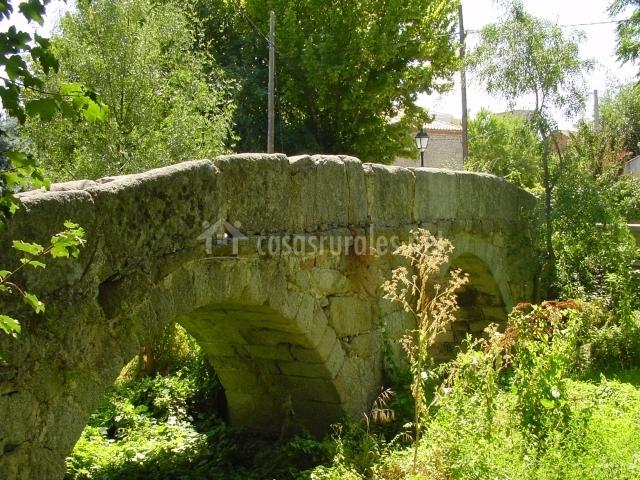 Casa rural la garrocha en colmenar del arroyo madrid for Calle prado de la iglesia guadarrama