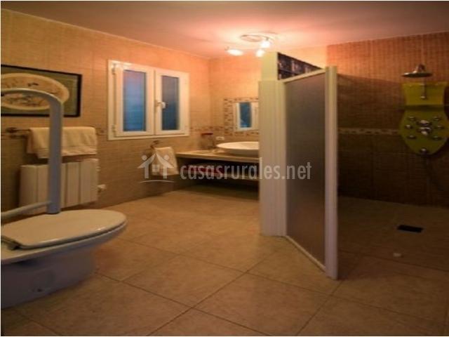 Baño Adaptado Para Discapacitados:de baño tercer cuarto de baño ...