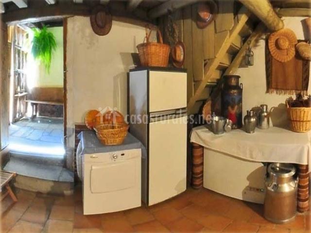 Casa rural el arado en marugan segovia for Cocinas con salida al patio