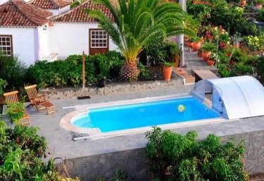 Casas rurales en la palma con piscina for Casas rurales con encanto y piscina