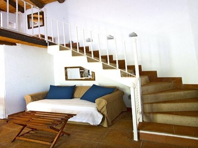 Casa rural el palomar en zufre huelva for Sofa bajo escalera