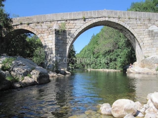 Puente Romano Matrimonio : Apartamento risconegro el real de bohoyo en Ávila