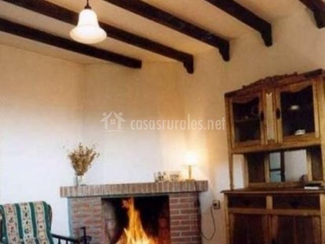 Casa hidalgo en villanueva del conde salamanca - Chimeneas en salamanca ...