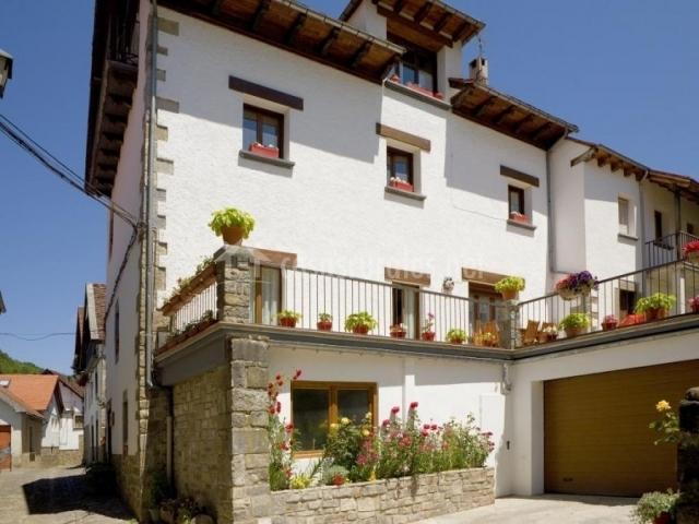 Pistolo i en ochagavia navarra - Casa rural en ochagavia ...
