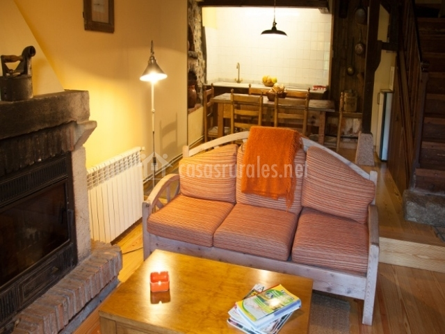 El mazo casas el mazo en el mazo p baja asturias for Sala de estar y cocina