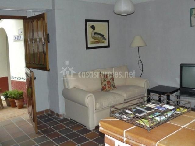 Casa mirador en fuentes villaviciosa asturias for Sala mirador