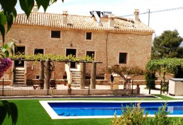 Casas rurales en banyeres de mariola con piscina for Hoteles rurales en extremadura con piscina