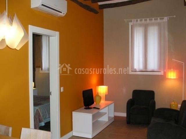 Apartamento bergantes groc en ortells castell n for Registro bienes muebles castellon