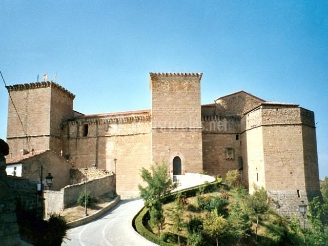 Puertas Para Baño Heredia:Castillo-Palacio de los Fernández de Heredia