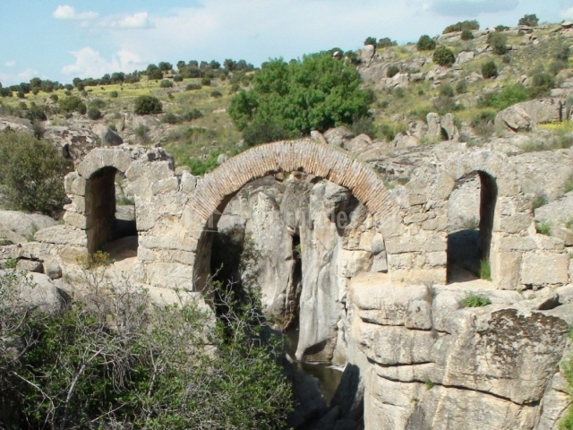 Baños Romanos Toledo:La Dehesilla de Melque en San Martin De Montalban (Toledo)