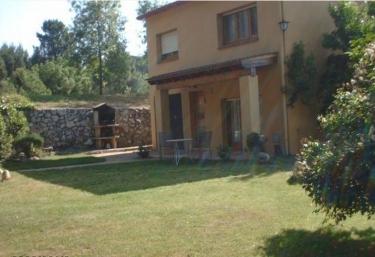 Casas rurales en parque natural del montseny con barbacoa for Casa rural montseny