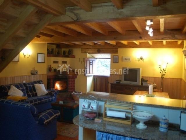 Casa gelo en pigue a asturias for Sala de estar vista desde arriba