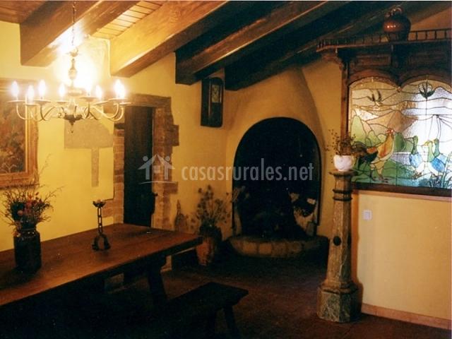 Mas a cal gotlla en l 39 espunyola barcelona - Casa rural barata barcelona ...