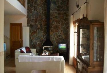 Casas rurales en artana con chimenea - Chimeneas en castellon ...