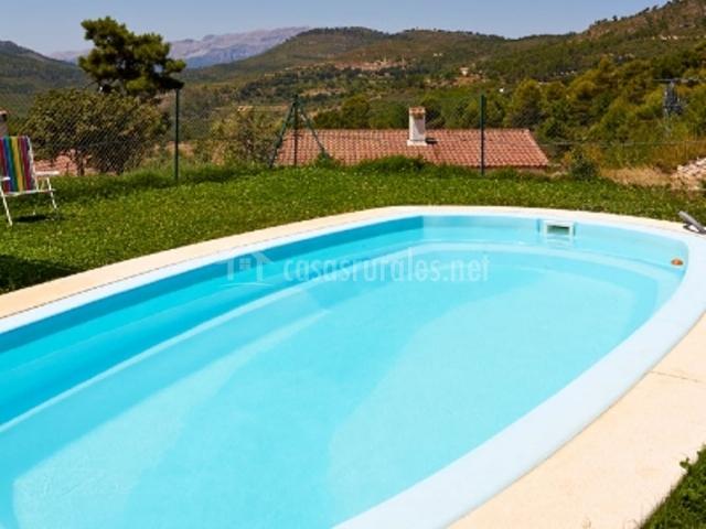 Casa rural camaretas 2 en yeste albacete for Complejo rural con piscina