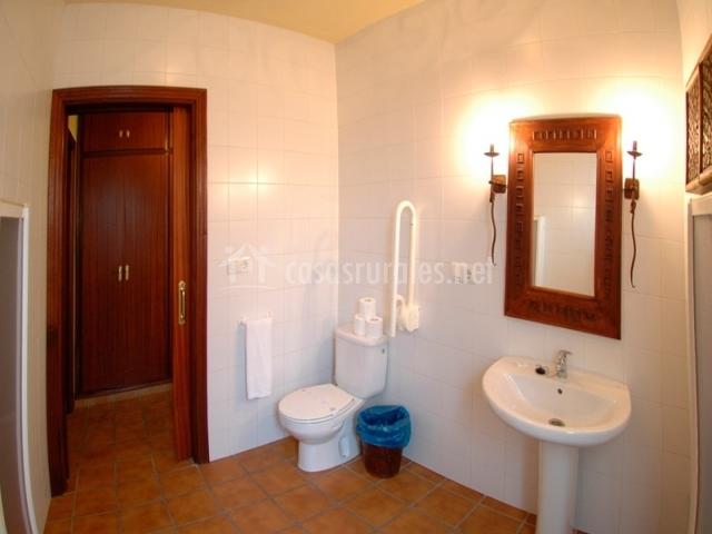 Caracteristicas Baño Adaptado: dormitorio dos camas dos camas baño adaptado baño adaptado