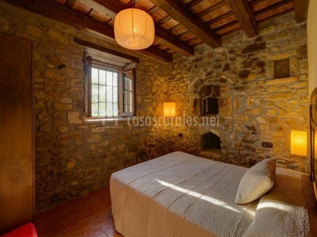 Muebles Baño Rusticos Girona:Cal Santu en Camos (Girona)