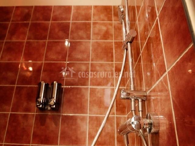 Baño General En Ducha:con espejo cuarto de baño ducha azulejos ducha en baño