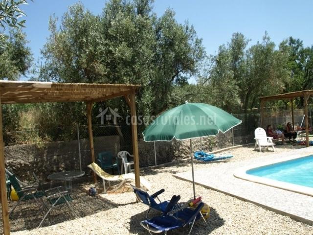 Casa isaura en fi ana almer a for Tumbonas piscina baratas