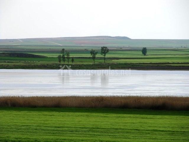 Juegos De Baño Olmos:laguna de gallocanta al atardecer laguna de gallocanta con aves