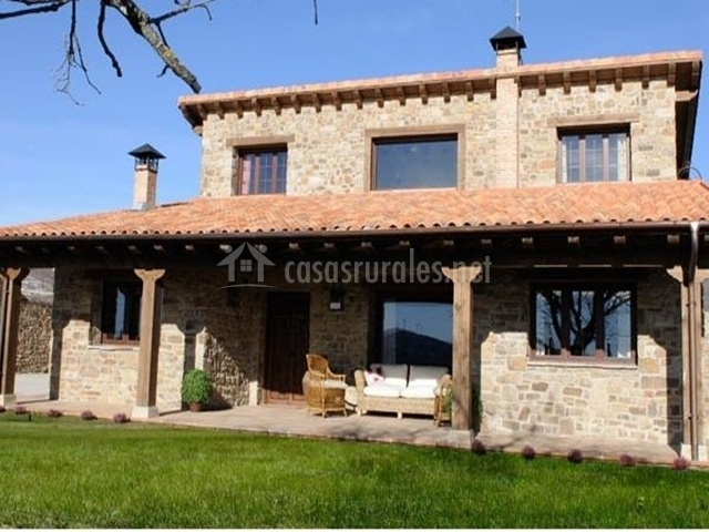 Casa rural garag eta en arevalo de la sierra soria for Casa rural 5 habitaciones