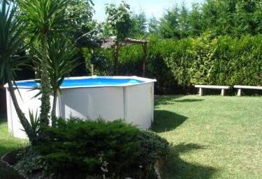 Casas rurales en r as bajas con piscina for Casas rurales en portugal con piscina