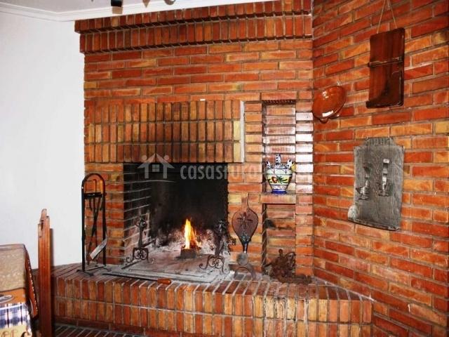 Huertas de la fuente en cella teruel - Ladrillos para chimeneas ...