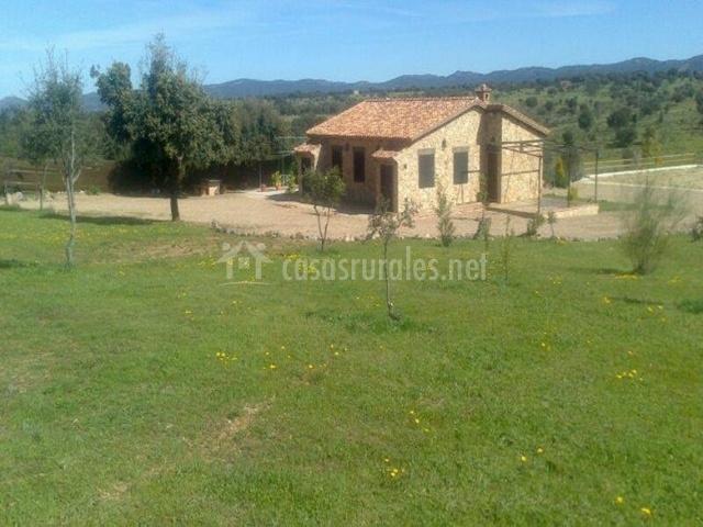 Casa rural el portezuelo en fuenlabrada de los montes - Casa rural el jardin ...